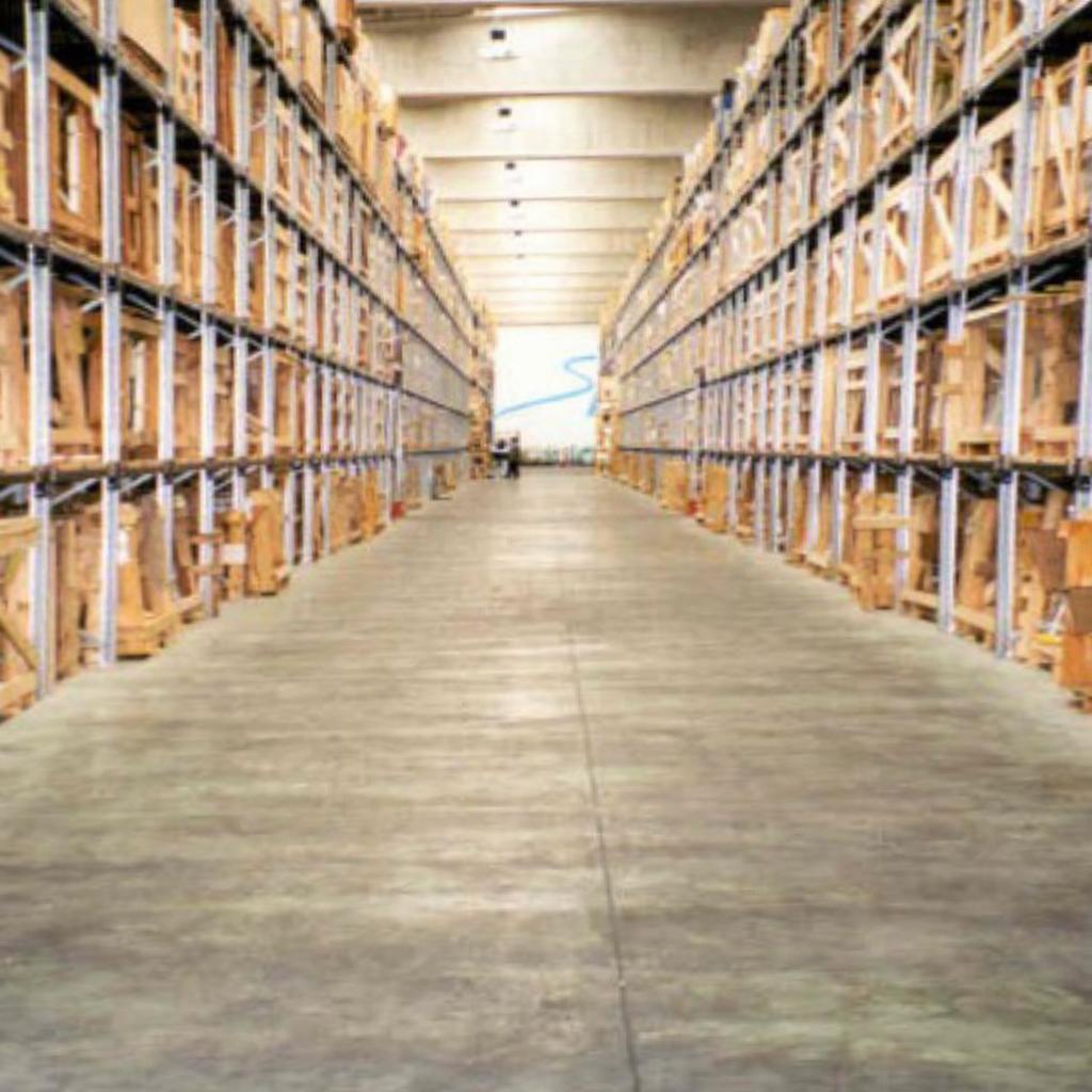 AGC_warehouse-corridor_widescreen